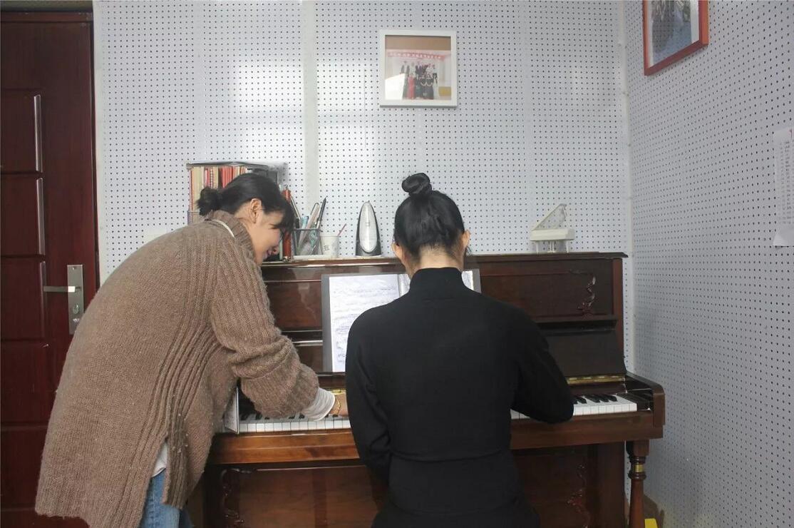 新亚艺术学校2018届寒假班音乐类专业课程安排