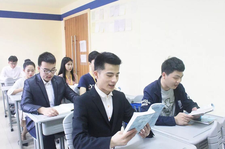 新亚艺术学校2018届寒假班表演专业课程安排