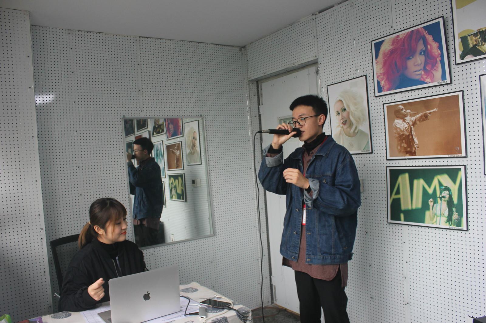潍坊教声乐的老师